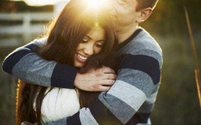 Фото - 10 Неймовірних фактів про обійми, які здивують вас