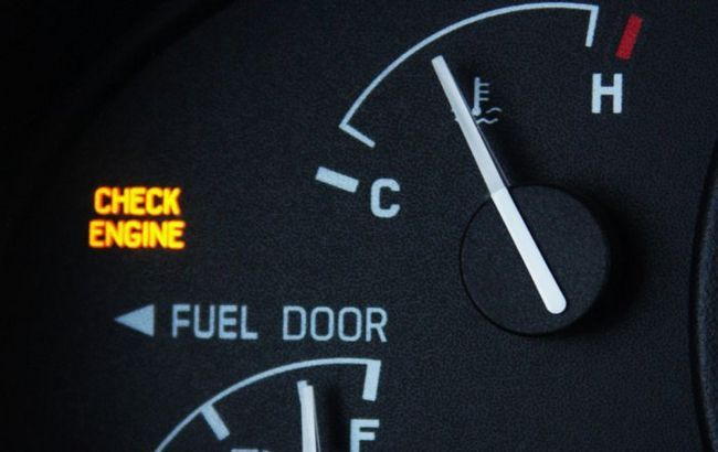 Фото - Що означає лампочка check-engine (