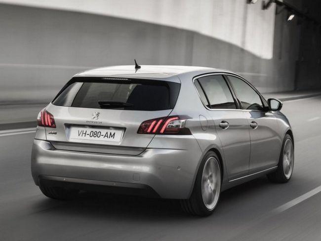 Фото - Peugeot 308 - надійний сімейних хетчбек