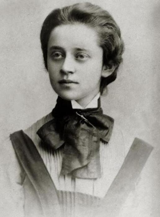 Фото - Софія Парнок. Російська поетеса, перекладачка. Біографія, творчість