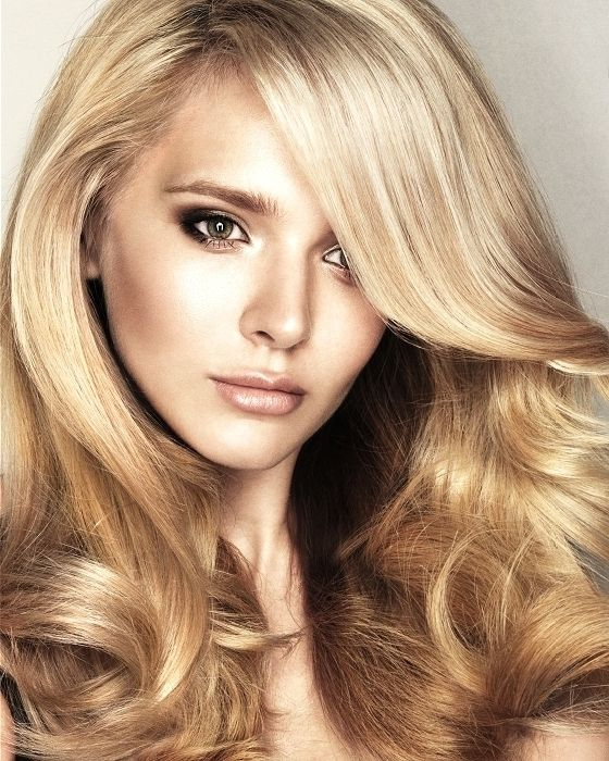 Медовий колір волосся
